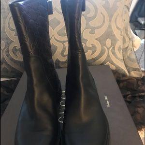 Gucci mid calf boots